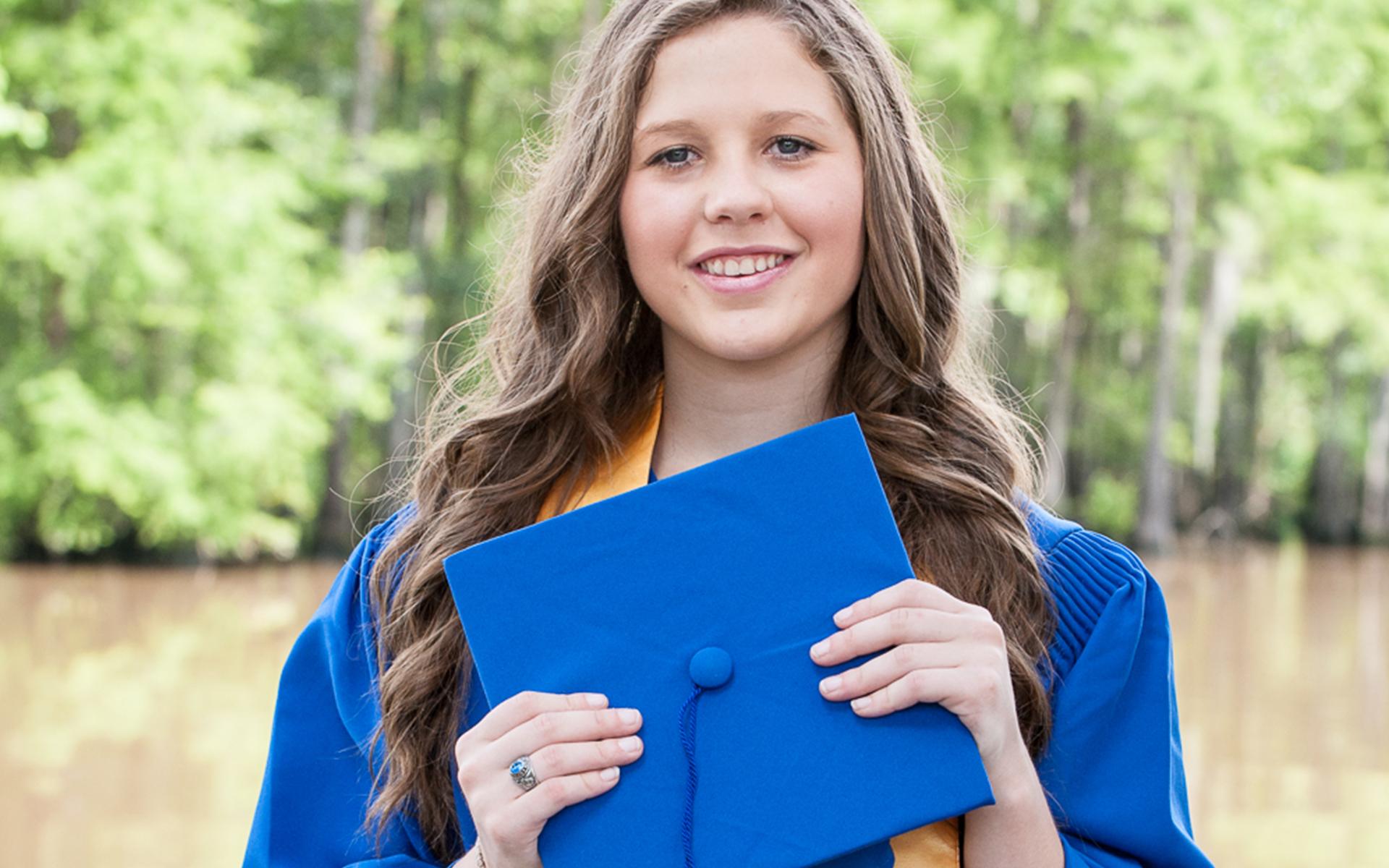 Fullscreen Graduate